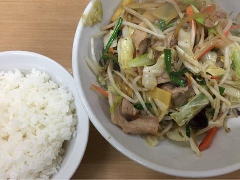 寒い日は肉野菜定食w